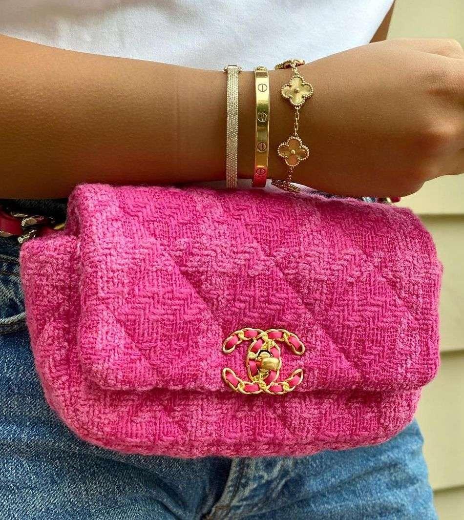 Chanel 19 Belt Bag in Tweed