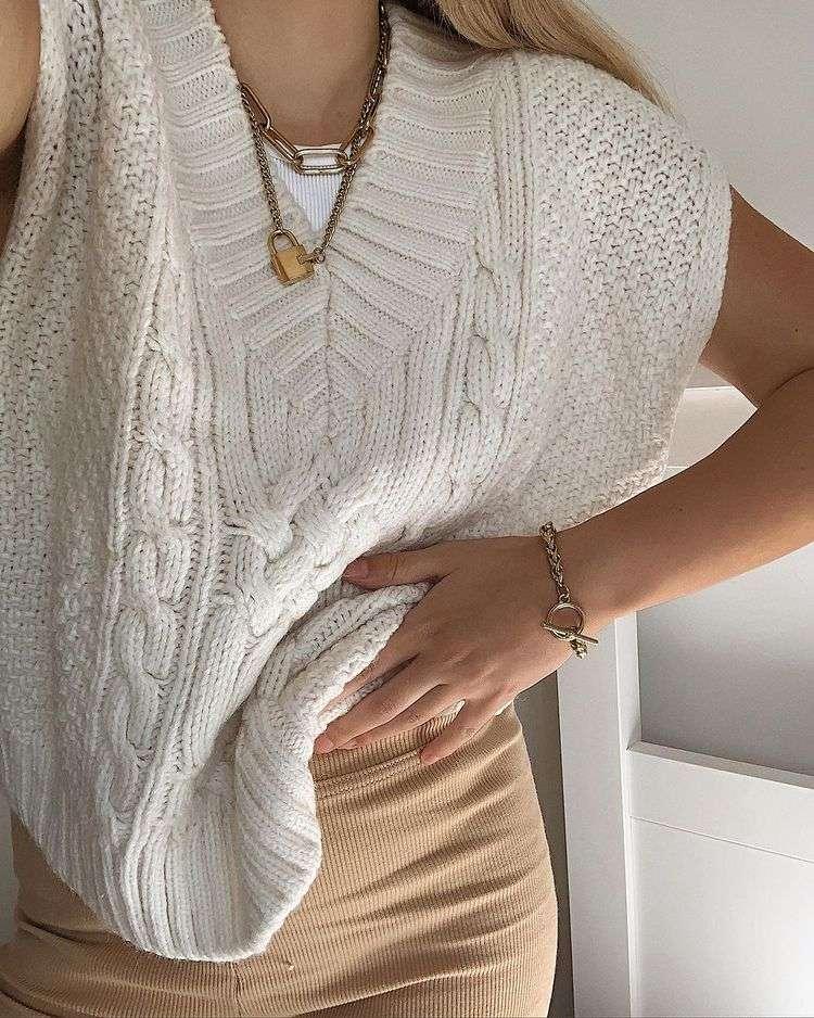 sweater vest trend FW21